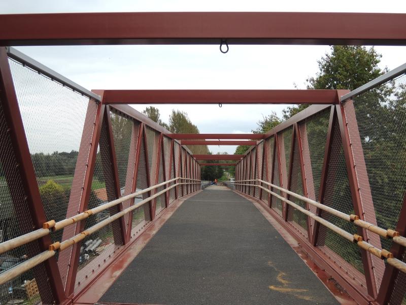 Via de Gagelbrug over de KarlMarxdreef