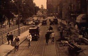 Verkeersbeeld in Utrecht, 1929 (videostill, zie Het Utrechts Archief)