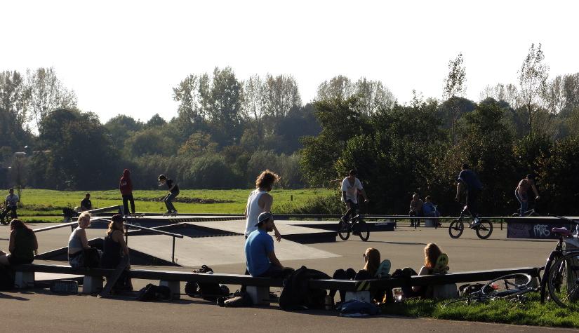 Een bruisend Skatepark Ruigenhoek inOvervecht