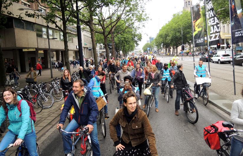 Fietsmob in Rotterdam: reclaim thestreets!